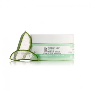 The Body Shop Aloe Soothing Day Cream-3678