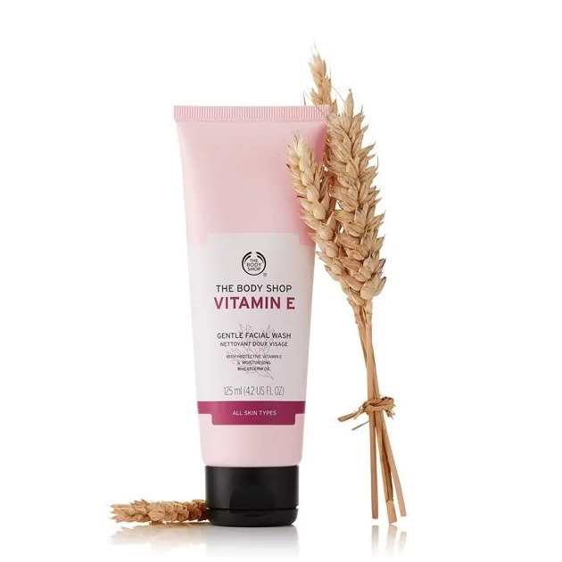 The Body Shop Vitamin E Gentle Facial Wash-0