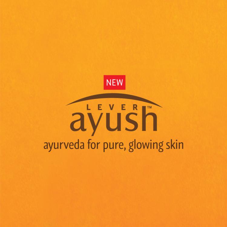 Lever Ayush Face Cream Natural Fairness Saffron -8206
