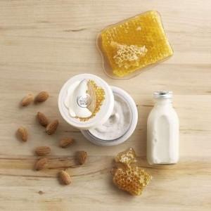 The Body Shop Almond Milk & Honey Gently Exfoliating Cream Scrub-8138
