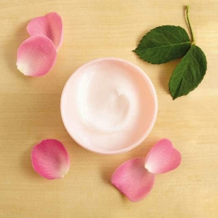 The Body Shop British Rose Body Yogurt-8610