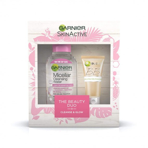 Garnier-Skinactive-The-Cleanse-And-Glow-Beauty-Duo-Gift-Set-For-Her (1)