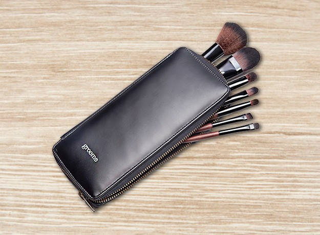Review: Groome Professional Makeup Brush